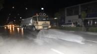 Antakya Belediyesi Atatürk, Kemal Paşa ile Kurtuluş caddelerini yıkayarak dezenfekte etti