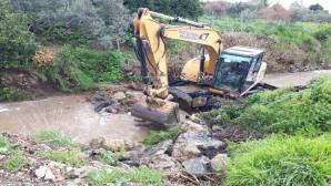 Hatay Büyükşehir Belediyesi'nden Dere Temizliğine devam