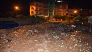 Samandağ'da Yağan Yağmur Sele Neden Oldu