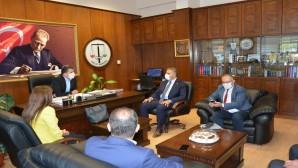 CHP Hatay Milletvekili Mehmet Güzelmansur Hatay Barosu'na Destek Ziyaretinde Bulundu