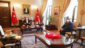 Müftü Hamdi Kavillioğlu'ndan Vali Rahmi Doğan'a Veda Ziyareti