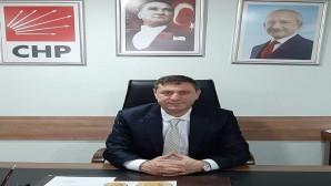 CHP Hatay Defne İlçe Başkanı Akın Parlakyıldız, CHP İstanbul Milletvekili Enis Berberoğlu ve 2 HDP'li Milletvekilinin milletvekilliklerinin düşürülmesine sert tepki gösterdi: Atadığınız sarayın maaşlı hakimleri ve savcıları adalete olan inancımızı baltalayamayacak