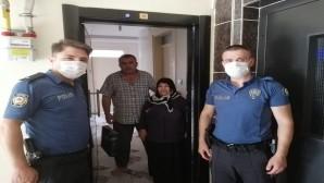 Hatay Emniyet Müdürü Vedat Yavuz ile eşi Azize Yavuz Şehit Babalarının Babalar günü kutladı