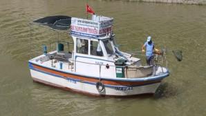 Asi Nehri'nde Yüzey temizliği başladı