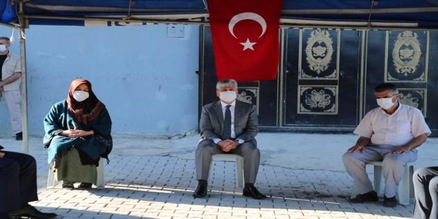 Vali Doğan'dan Şehit Er Mehmet Günay'ın ailesine Taziye Ziyareti