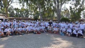 Arsuz'da Çevre Gönüllüleri sahili temizledi