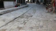 Hatay Büyükşehir Belediyesi, eski Antakya'nın sokaklarının zeminini iyileştiriyor