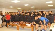 Hatayspor futbolcuları Yasin Güreler'in doğum gününü kutladı