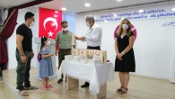 Hatay Milli Eğitim Müdürlüğü öğrencilere tatil kitaplarını dağıttı