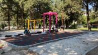 Oyun parklarına kauçuk zemin