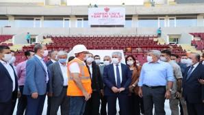 Vali Doğan Hatay Milletvekilleri ile Birlikte Yeni Stadı İnceledi: Eylül ayında bitecek
