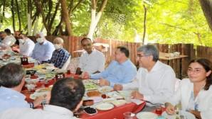 CHP'de birlik ve beraberlik kahvaltısı