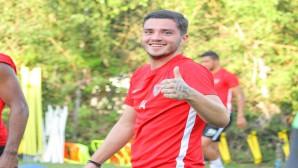 """Atakaş Hatayspor'un yeni transferi """"Alexandros Katranis"""" takımla birlikte idmanlara başladı"""