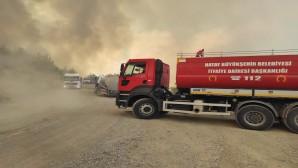 Batıyaz'daki Yangına ilk Müdahale Hatay Büyükşehir Belediyesi itfaiyesinden