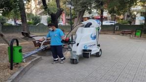 Antakya Belediyesinden Çevre Dostu süpürge aracı