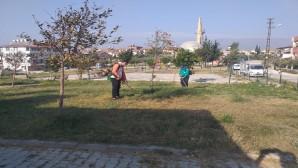 Antakya Belediyesinden Akçaova ile Günyazı parklarında güzelleştirme çalışmaları