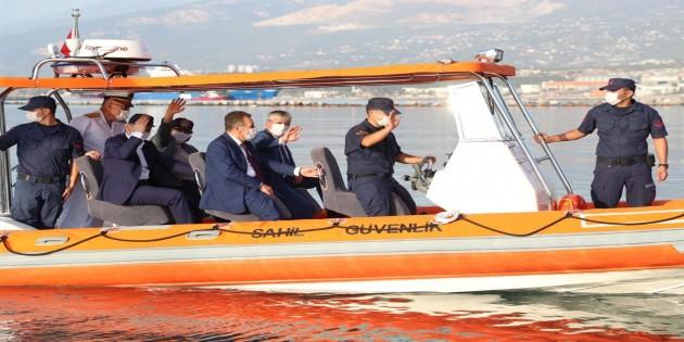 Hayırsever iş insanları tarafından  hibe edilen Sahil Güvenlik Botu 6 Araç ve Drone'nin Teslim Töreni Gerçekleştirildi