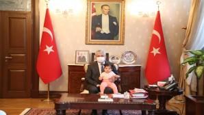 Şehit Polis Kurtul'un ailesinden Vali Doğan'a Nezaket Ziyareti