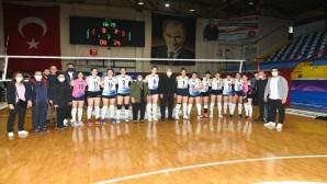 Antakya Belediyesi Kadın Volebol takımı 3-0 galip