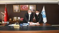 Başkan İzzetin Yılmaz, Hizmet İş sendikası ile toplu iş sözleşmesini imzaladı