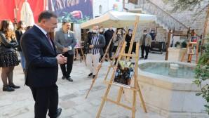Şehrindeki Türk Bayrağı  sergisi EXPO Evinde