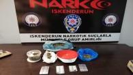 Arsuz Karaağaç'ta esrar ve 35 adet sentetik tablet yakalandı