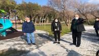 Başkan Yılmaz, Ak Parti Hatay Milletvekili Özgürsoy'la yapımı devam eden Küçük Dalyan parkında incelemelerde bulundu