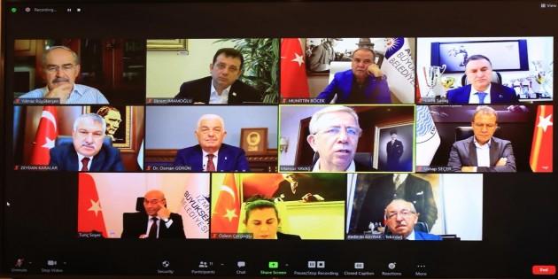 CHP'li 11 Büyükşehir Belediye Başkanından ortak çağrı: Tüm Gücümüzü yoksullukla mücadele için birleştirmeliyiz!