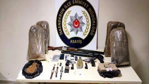 Polis'ten hırsızlık yapanlara eş zamanlı operasyon