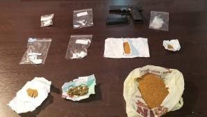 Uyuşturucu satıcılarına operasyon: 10 kişi çeşitli uyuşturucu maddelerle yakalandı