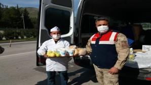 Antakya Belediyesi'nin Emniyet Güçlerine yönelik ikramı devam ediyor