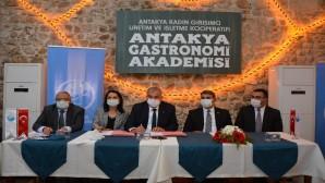 Antakya Belediyesine ait Gastronomi Akademisi için imzalar atıldı