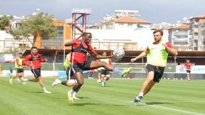 Atakaş Hatayspor'da çalışmalar Galatarasay maçına