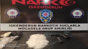 İskenderun'da uyuşturucu tacirlerine operasyon: 19 göz altı