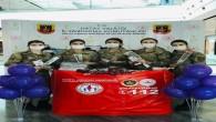 Jandarma Kadın komutanlarından kadınlara karanfil