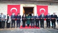 Vali Doğan Çanakkale şehitleri müzesini açtı