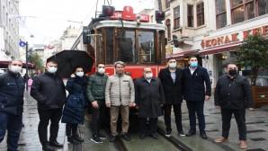 CHP'li Belediyelerin raylı sistem işbirliğinde sona gelindi