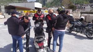 Polis'ten Antakya şehir içinde uygulama: 2788 vatandaşın kaydı sorgulandı