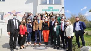 CHP Kadın Kolları Genel Başkanı Aylin Nazlıaka'dan Defne Belediyesine ziyaret: Hatay'ın tüm illere örnek olmasını diliyoruz!