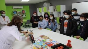 Antakya Bilim Merkezi ziyaretçi akınına uğruyor