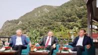 Hatay, Adana ve Mersin'in CHP'li Belediye Başkanları omuz omuza!