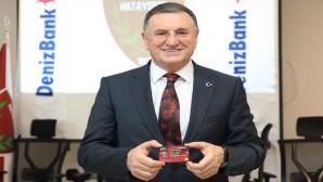 Başkan Savaş'tan Taraftarlara çağrı: Denizbank Bonus Hatayspor kartı için destek verin!