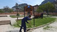 Antakya Belediyesinden Park Bahçe ve yeşil alanlarda  bakım ve onarım çalışmalarına devam