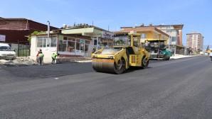 Şükrü Balcı Caddesinin asfaltlanmasına başlandı
