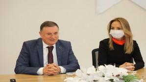 CHP Kadın Kolları Genel Başkanı Aylin Nazlıaka: Hatay'daki ışık tüm Türkiye'yi aydınlatsın!