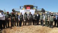 Tarım Bakanı Pakdemirli Amık ovasındaki Buğday hasadına katıldı