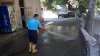 Antakya Belediyesi ekipleri kısıtlama döneminde yıkama çalışmalarını sürdürdü