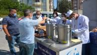Antakya Belediyesi ekiplerinden sınav öncesi çay, simit ikramı!