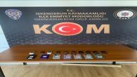 İskenderun'da Gümrük kaçağı 17 adet cep telefonu yakalandı