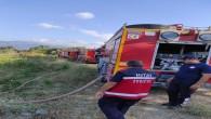 Hatay Büyükşehir Belediyesi itfaiyesi Hüseyin mahallesindeki yangına anında müdahale etti